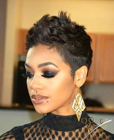 Cute-Mohawk-Hairstyle Short Hairstyles for Black Women 2018