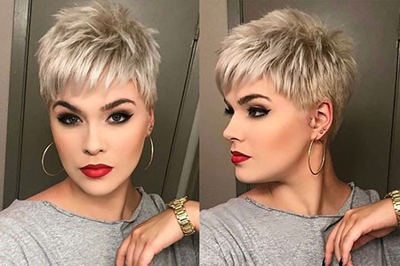 Platinium-Pixie Best Womens Short Haircuts