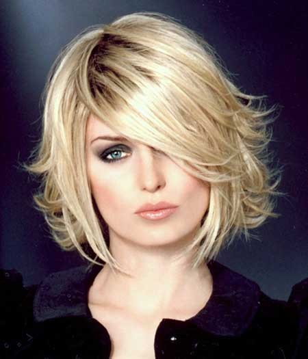 Pointy-Voluminous-Blonde-Bob Layered Bob Haircuts