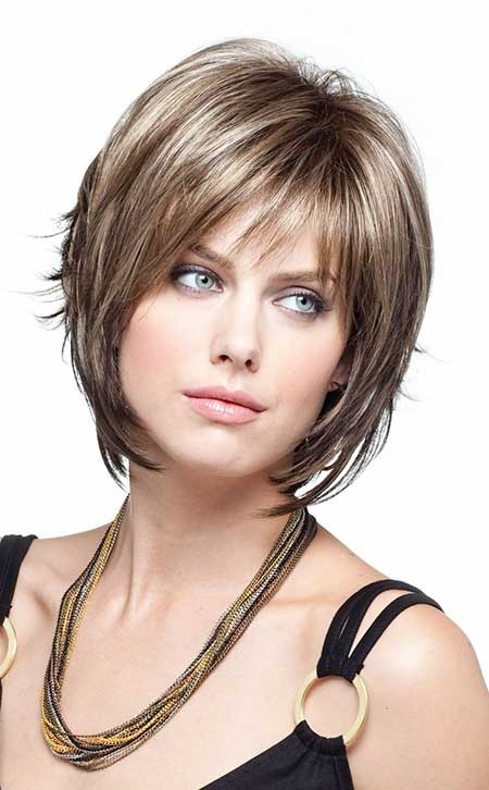 Short-Voluminous-Neat-Highlights Layered Bob Haircuts