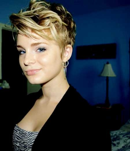 Short-and-Messy-Curls-Hairstyle-for-Girls Long Pixie Hairstyles