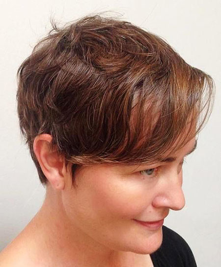 15-Pixie-Cut-for-Thin-Light-Brown-Hair-329 Short Trendy Hairstyles