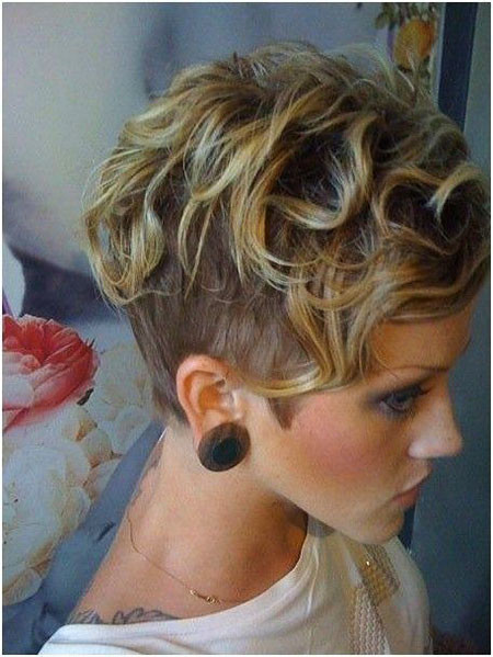 25-Super-Short-Curly-Hair-339 Short Trendy Hairstyles