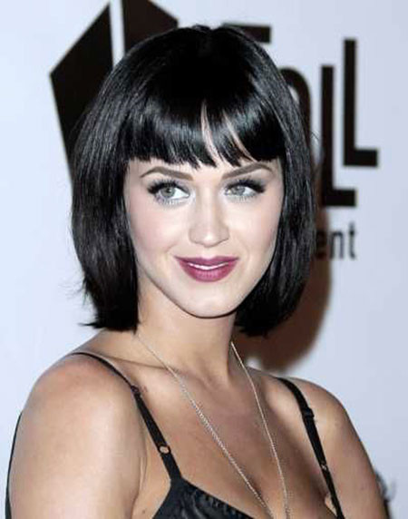 Blonde-Balayage-Layered-Bob Chic Short Haircuts with Bangs