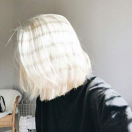 Buttery-Bob Best Short White Blonde Hair