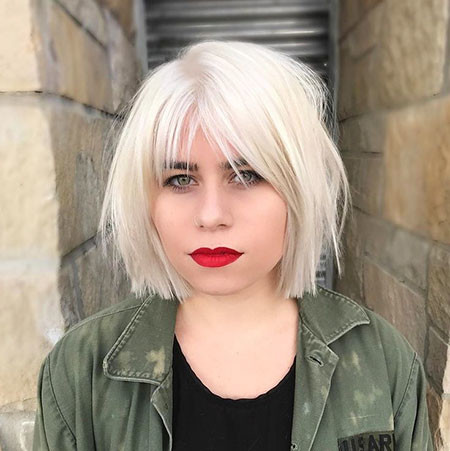 Choppy-Bob-and-Fringe Best Short White Blonde Hair