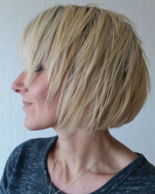 Layered-Hair Best Short Hairstyles for Women 2019