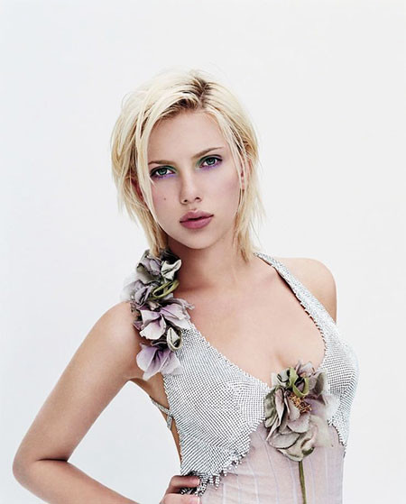 Short-Messy-Hair Best Scarlett Johansson Short Hair