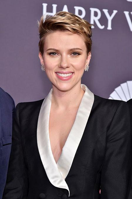 Short-Pixie-Cut Best Scarlett Johansson Short Hair