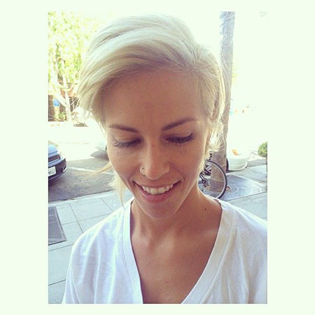 Short-Platinum-Blonde-Hairstyles-025-www.sexvcl.net_ Short Platinum Blonde Hairstyles