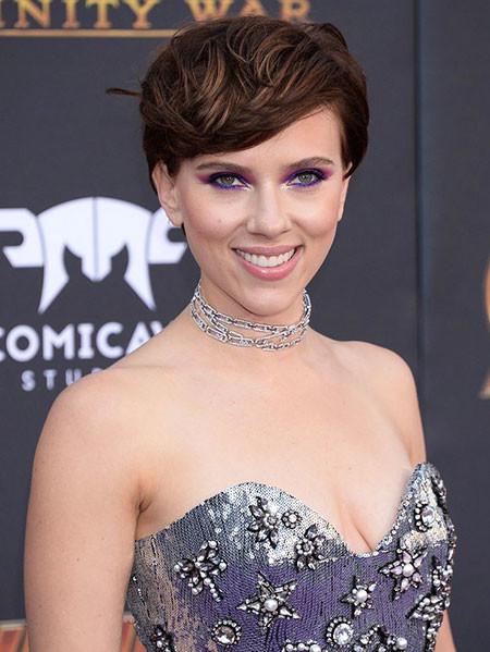 Short-Swoopy-Hair Best Scarlett Johansson Short Hair