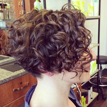 Very-Short-Curly-Bob Chic Short Curly Hairstyles for Women