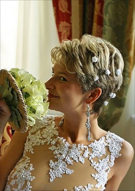 10-Mother-of-the-Bride-Hair-600 Bridal Hairstyles for Short Haircut