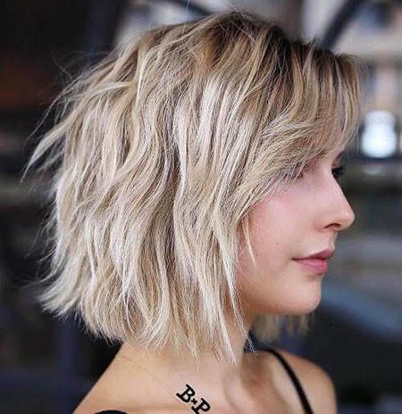 12-Short-Blonde-Hair-Bangs-625 Short Blonde Hair with Bangs