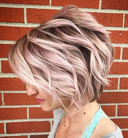 15-Short-Haircuts-for-Wavy-Thick-Hair-651 Short Haircuts for Wavy Thick Hair