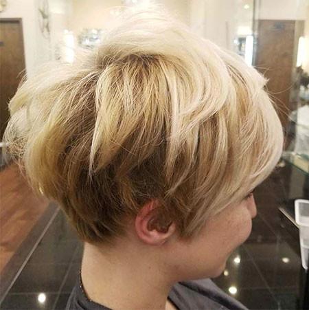 21-Short-Hairtyles-571 Short Hairstyles for Women