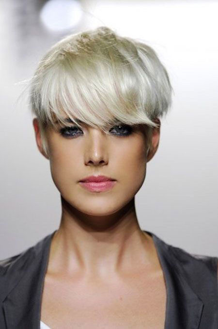 23-Agnes-Deyn-573 Short Hairstyles for Women