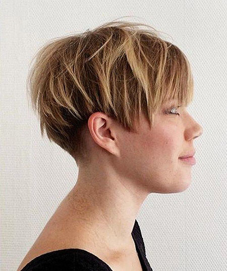 33-Short-Pixie-Wedge-Haircut-719 Short Choppy Haircuts