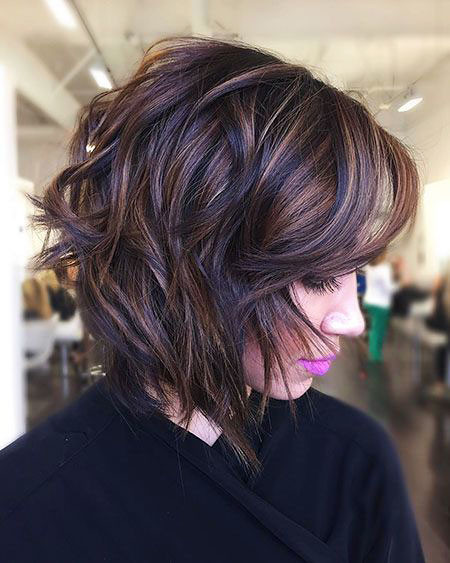 7-Short-Women-Haircuts-2018-557 Short Hairstyles for Women