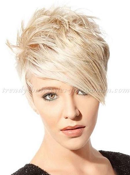 8-Short-Hair-with-Long-Bangs-621 Short Blonde Hair with Bangs