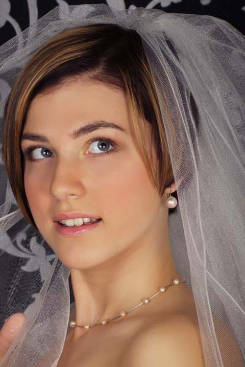 Best-wedding-veils-for-short-hair Best Wedding Hairstyles for Short Hair