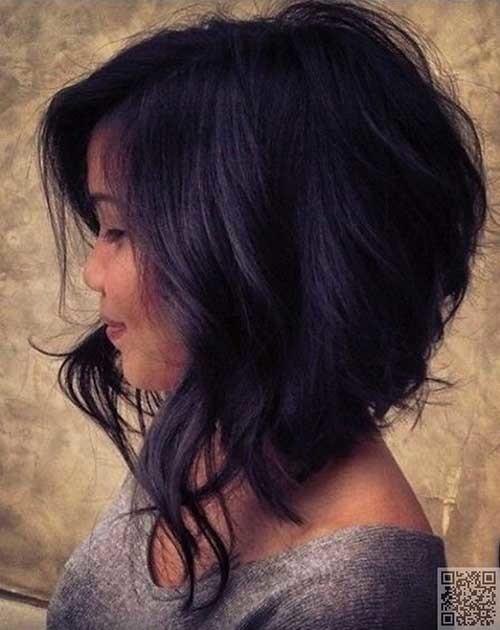 Medium-Short-Wavy-Dark-Haircut Short Medium Length Haircuts
