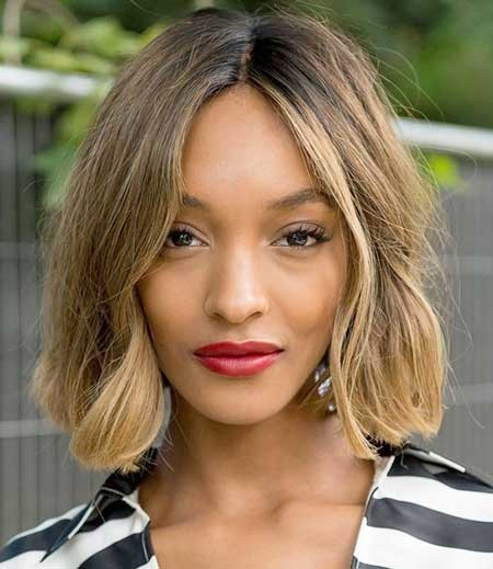 Side-Parted-Wavy-Bob-Hairstyle Short Bob Hairstyles for Black Women