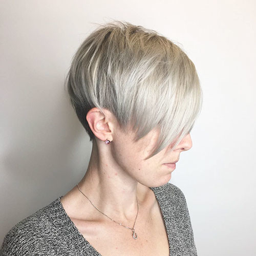 Straight-Hair Best Short Hairstyles for Girls 2019