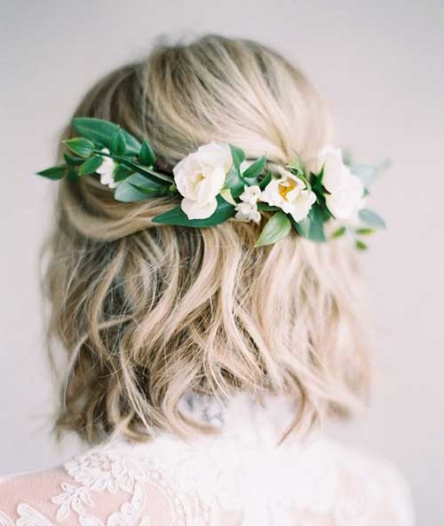 Wedding-Hairstyle-with-Flowers Most Beautiful Short Hairstyles for Weddings