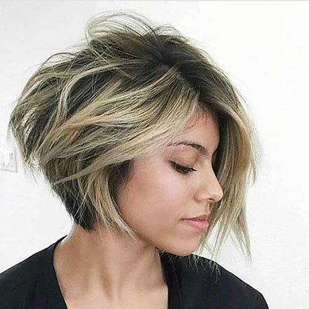 15-Bob-Haircuts-for-Women-754 Short Messy Haircuts