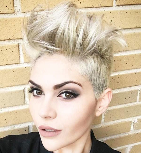 19-Short-Rock-Pixie-Cut-758 Short Messy Haircuts