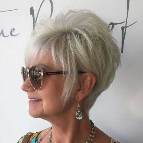 Blonde-Pixie-1 Classy Pixie Haircuts for Older Women