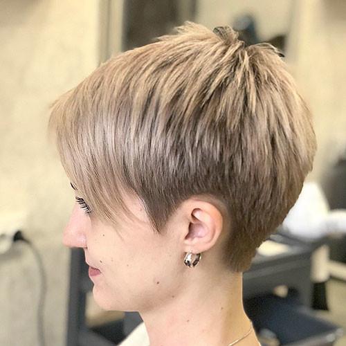 Pixie-Blonde-Hair Best Short Pixie Hairstyles 2018
