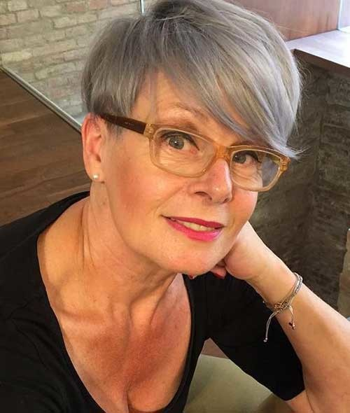 Short-Hair-Idea Classy Pixie Haircuts for Older Women