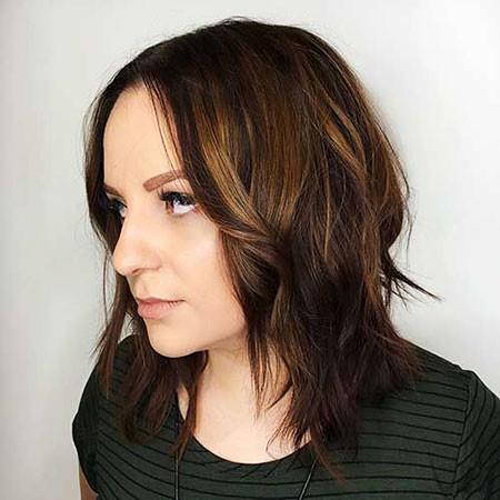 Short-to-Mid-Layered-Hair Short Layered Haircuts