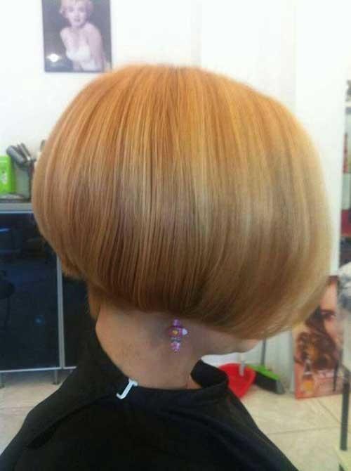 Sleek-Short-Blonde-Bob-Hair Chic Blonde Bob Hairstyles for Women