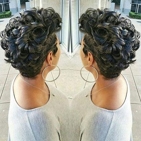 74-Short-Pixie-Hairstyles-for-Black-Women Best Short Pixie Hairstyles for Black Women 2018 – 2019