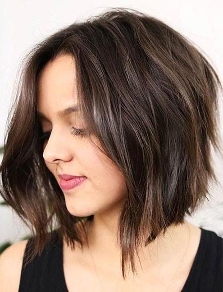 Angled-Bob Trendy Short Hairstyles 2019