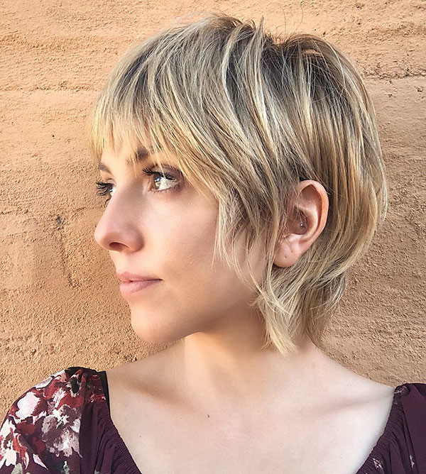 Blonde-Pixie-Cut-2 Short Hairstyles with Bangs 2019