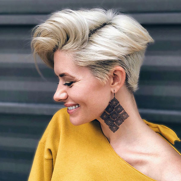 Blonde-Pixie-Hairstyle Best Pixie Cut 2019