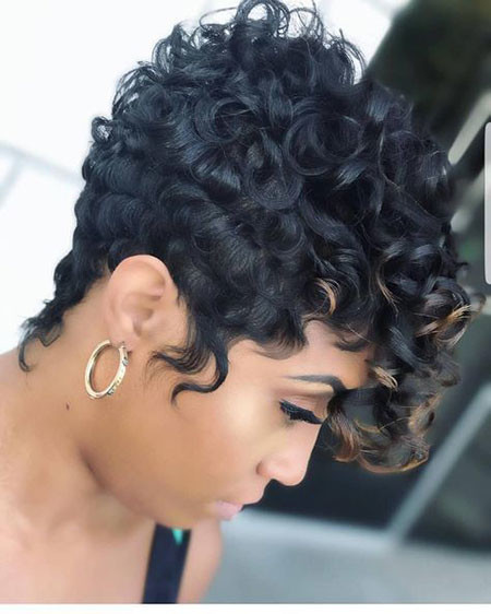 Curly-Pixie-Hairstyle Best Short Hairstyles for Black Women 2018 – 2019