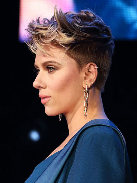 Cute-Pixie-Cut-2 Scarlett Johansson Short Hairstyles