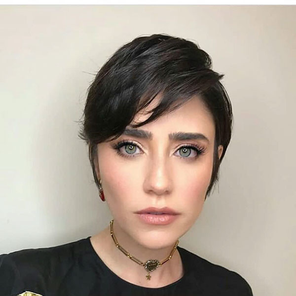 Dark-Pixie-Hairstyle Best Pixie Cut 2019