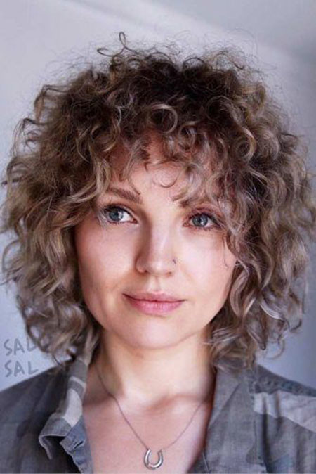 Easy-Short-Curly-Hair Popular Short Curly Hairstyles 2018 – 2019