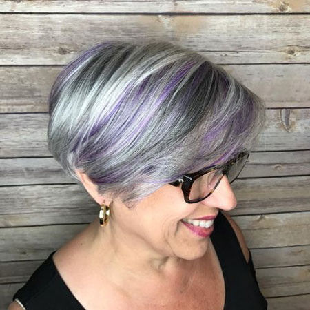 Gray-Pixie-Bob Best Pixie Haircuts for Over 50 2018 – 2019