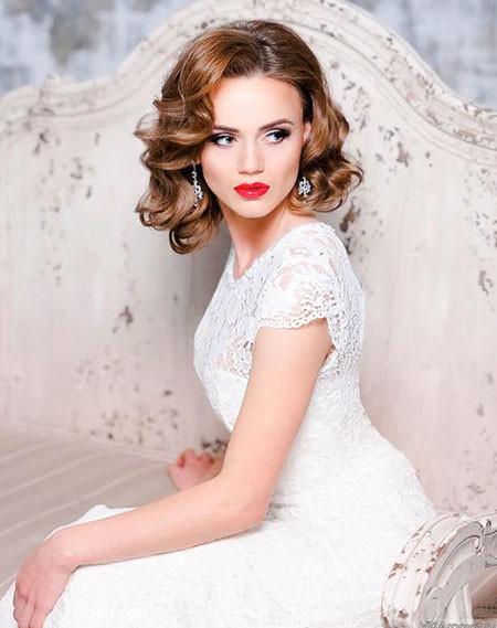 Medium-Length-Hair Wedding Hairstyles for Short Hair