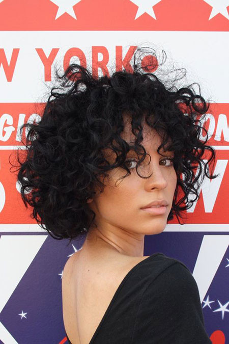 Messy-Curly-Hairstyles Popular Short Curly Hairstyles 2018 – 2019