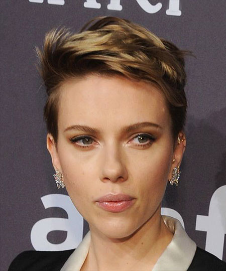 Pixie-Hair Scarlett Johansson Short Hairstyles