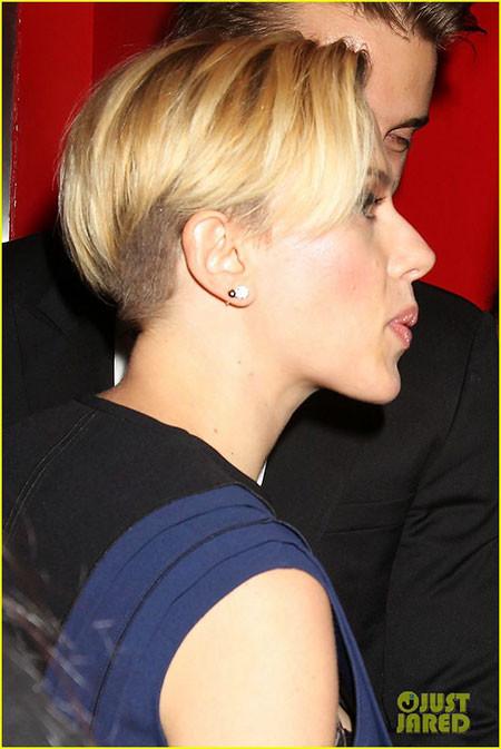 Pixie-Hairstyle-1 Scarlett Johansson Short Hairstyles