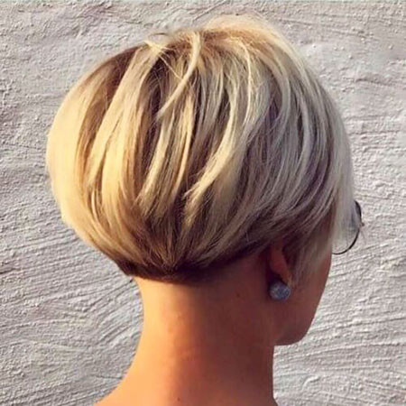 Short-Blonde-Bob Short Bob Haircuts 2019